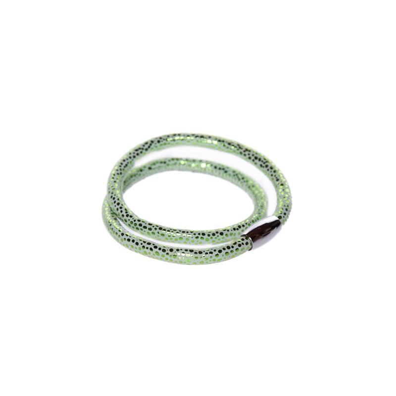 Image of   Prikket grøn læderarmbånd